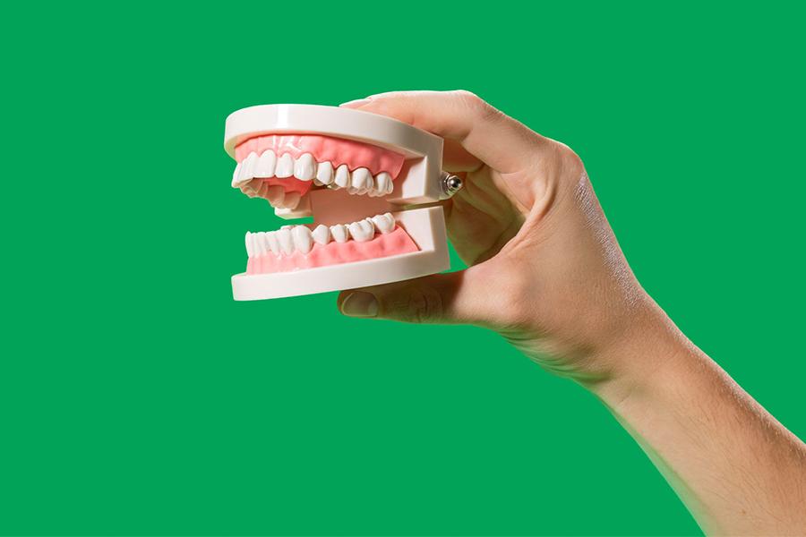 Những Phương Pháp Tẩy Trắng Răng