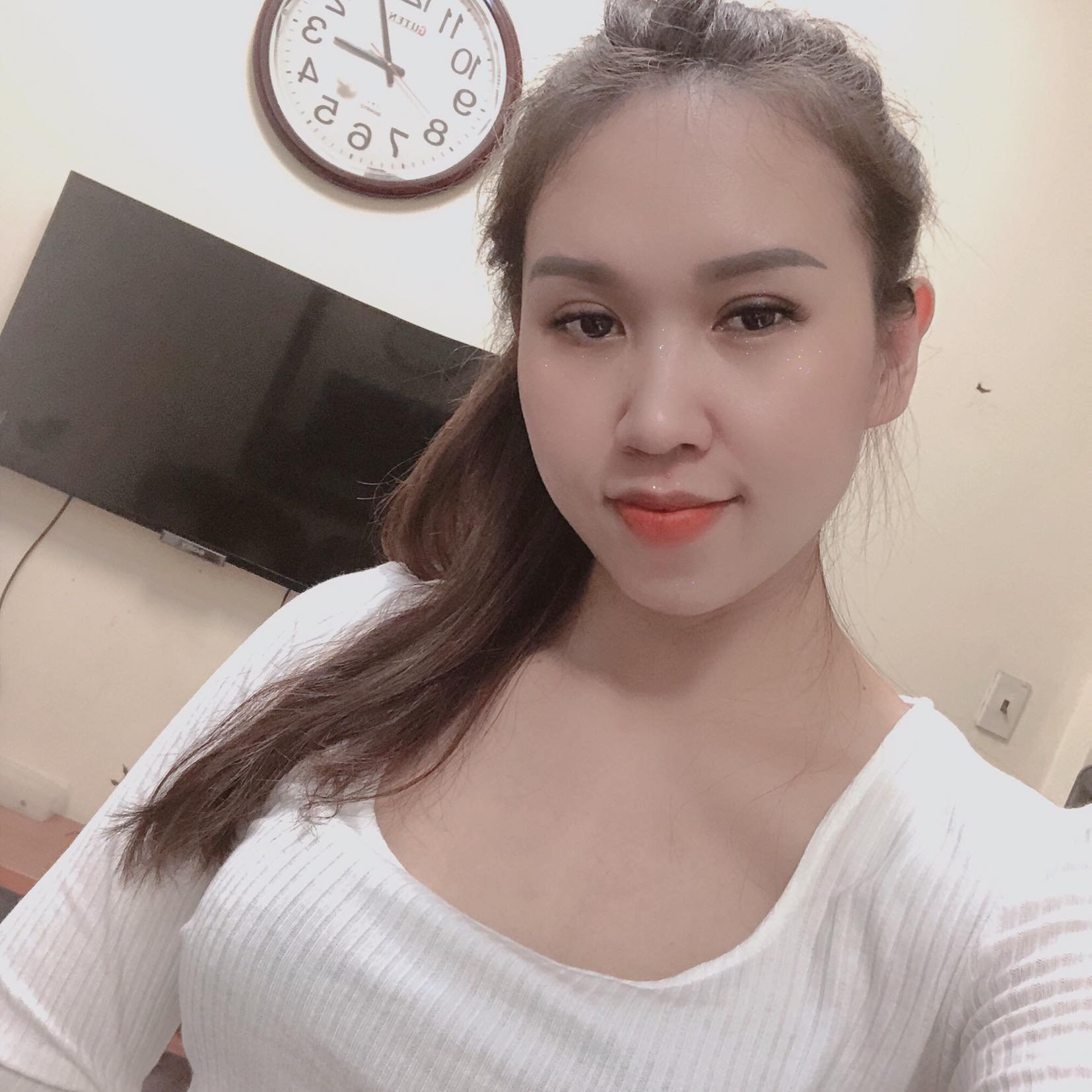 Ms Lan Tây